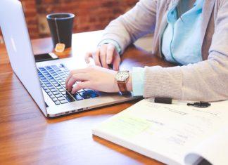 Praca w wirtualnym świecie