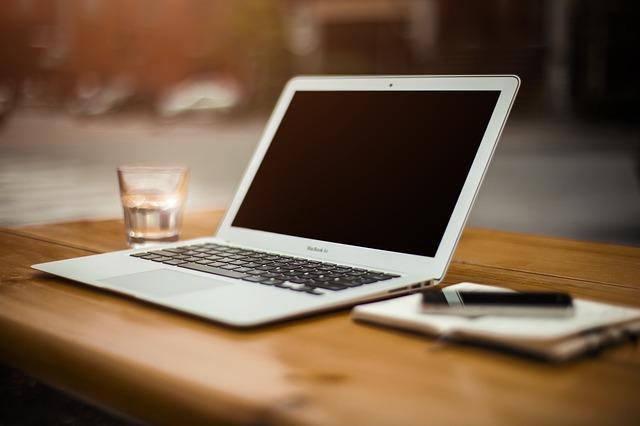 Czy blogowanie jest dobrym sposobem na zarabianie pieniędzy?
